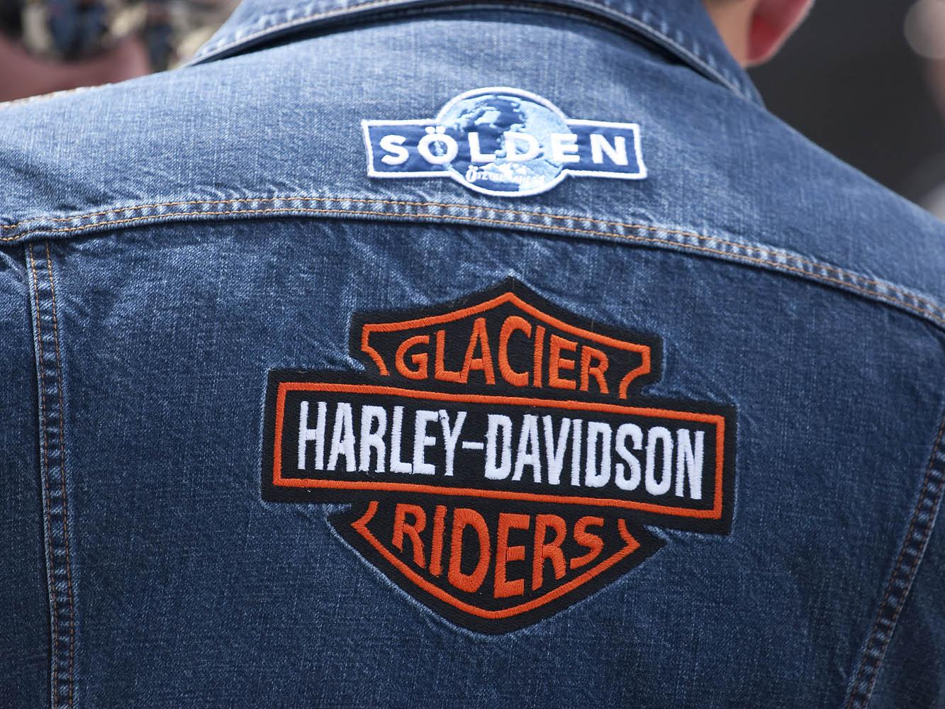Glacier Riders. Зельден, Отцталь