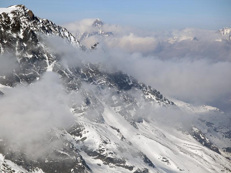 Панорама Швейцарских Альп над Саас-Фе