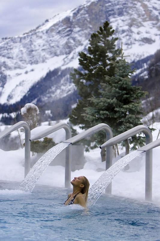 Термальный бассейн в Лейкербаде © Leukerbad Tourismus