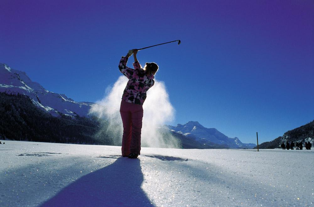 ENGADIN St. Moritz: Im Winter golfen