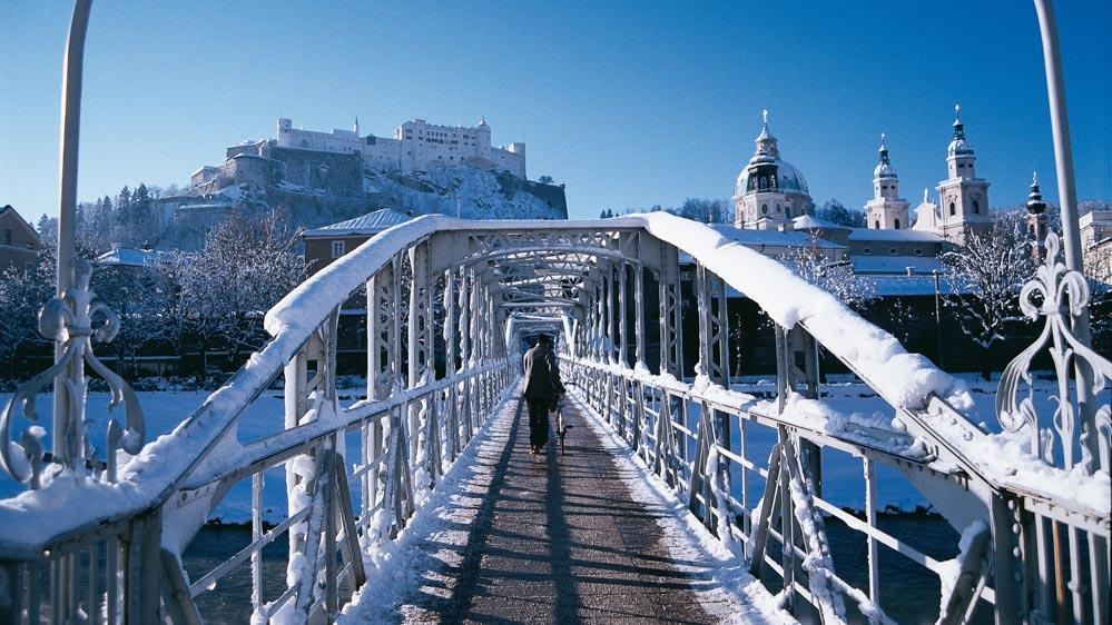Mozartsteg im Winter